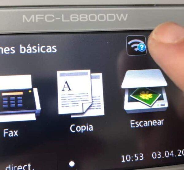 Comectar impresoras Brother WiFi con pantalla táctil
